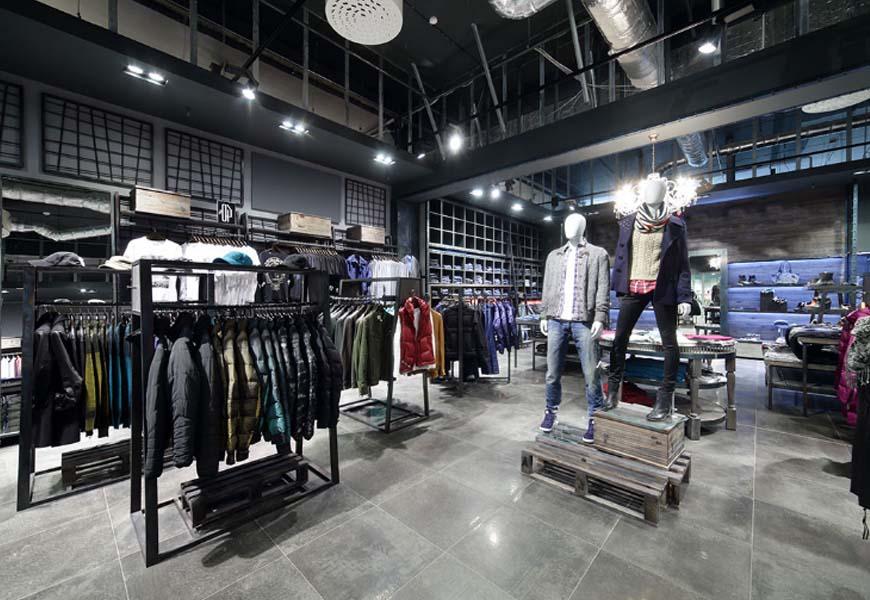 arredamenti negozi abbigliamento